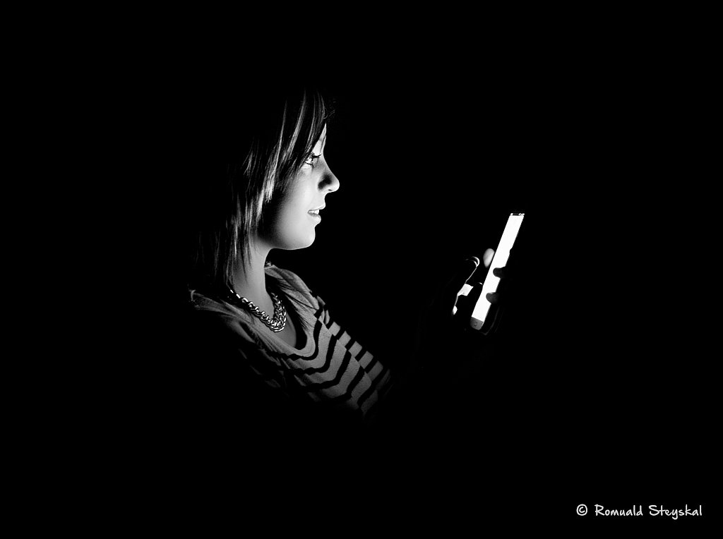 Addicted to mobile