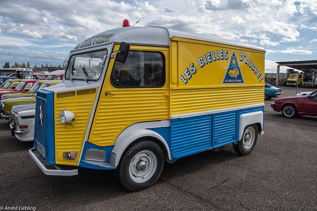 """Le célèbre """"TUB"""" de Citroën."""