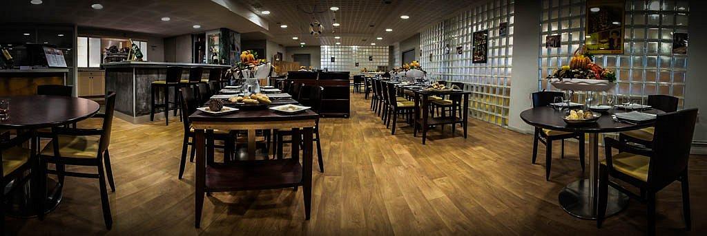 Place restaurant